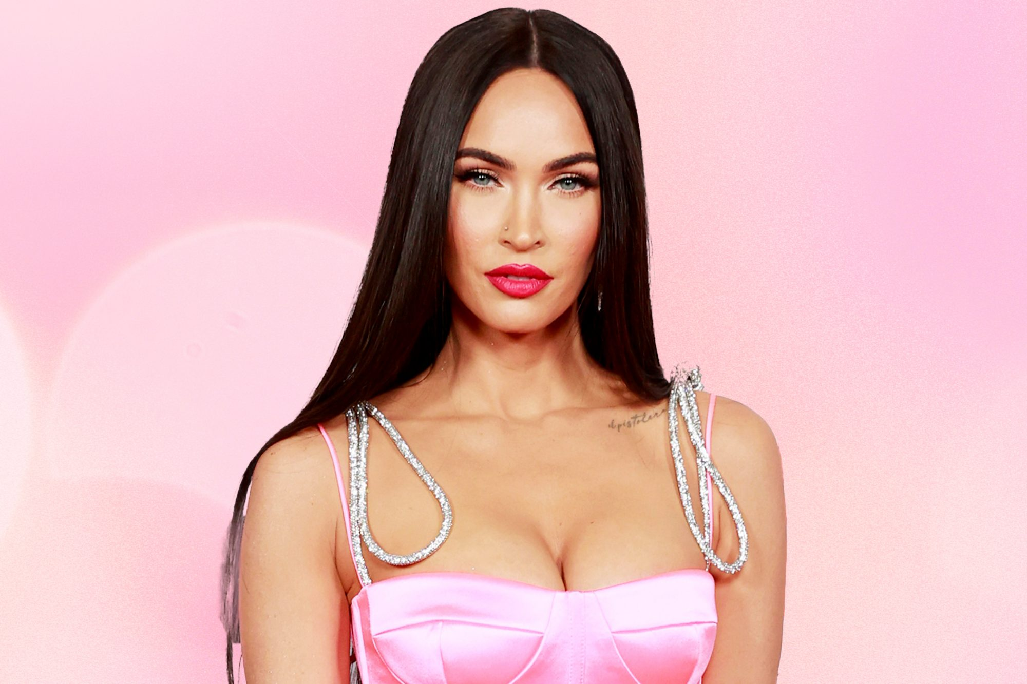 Megan-Fox-Opened-Up-About-Having-Body-Dysmorphia-I-Have-A-Lot-of-Deep-Insecurities-GettyImages-1320410357