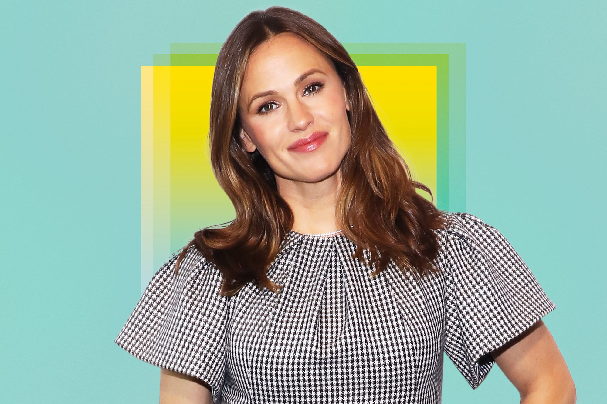Jennifer-Garner-Keeps-Wearing-The-Cute-Lightweight-Supportive-Brooks-Sneakers-You-Can-Get-On-Amazon-GettyImages-1156841112
