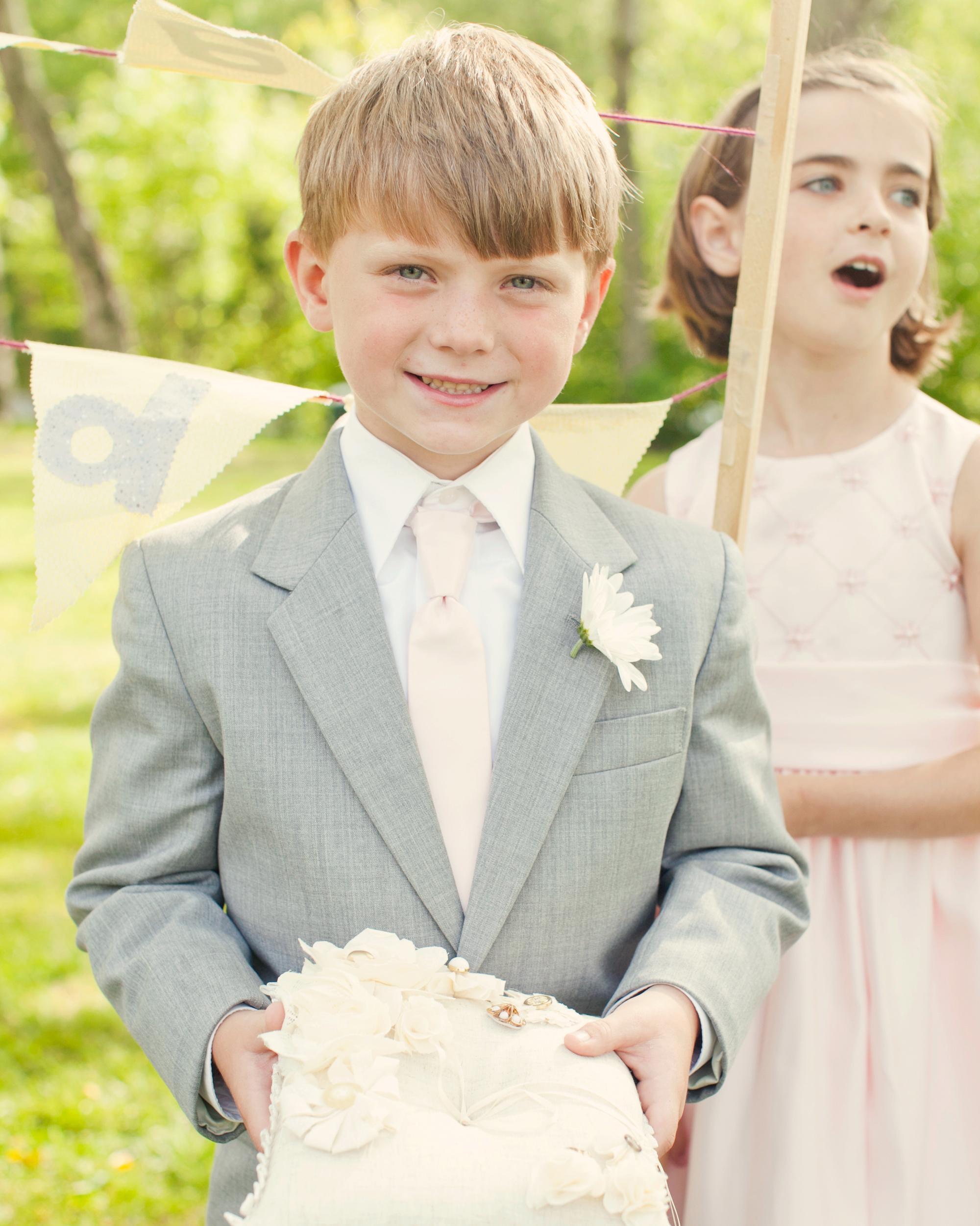real-weddings-abby-julian-0711-264.jpg