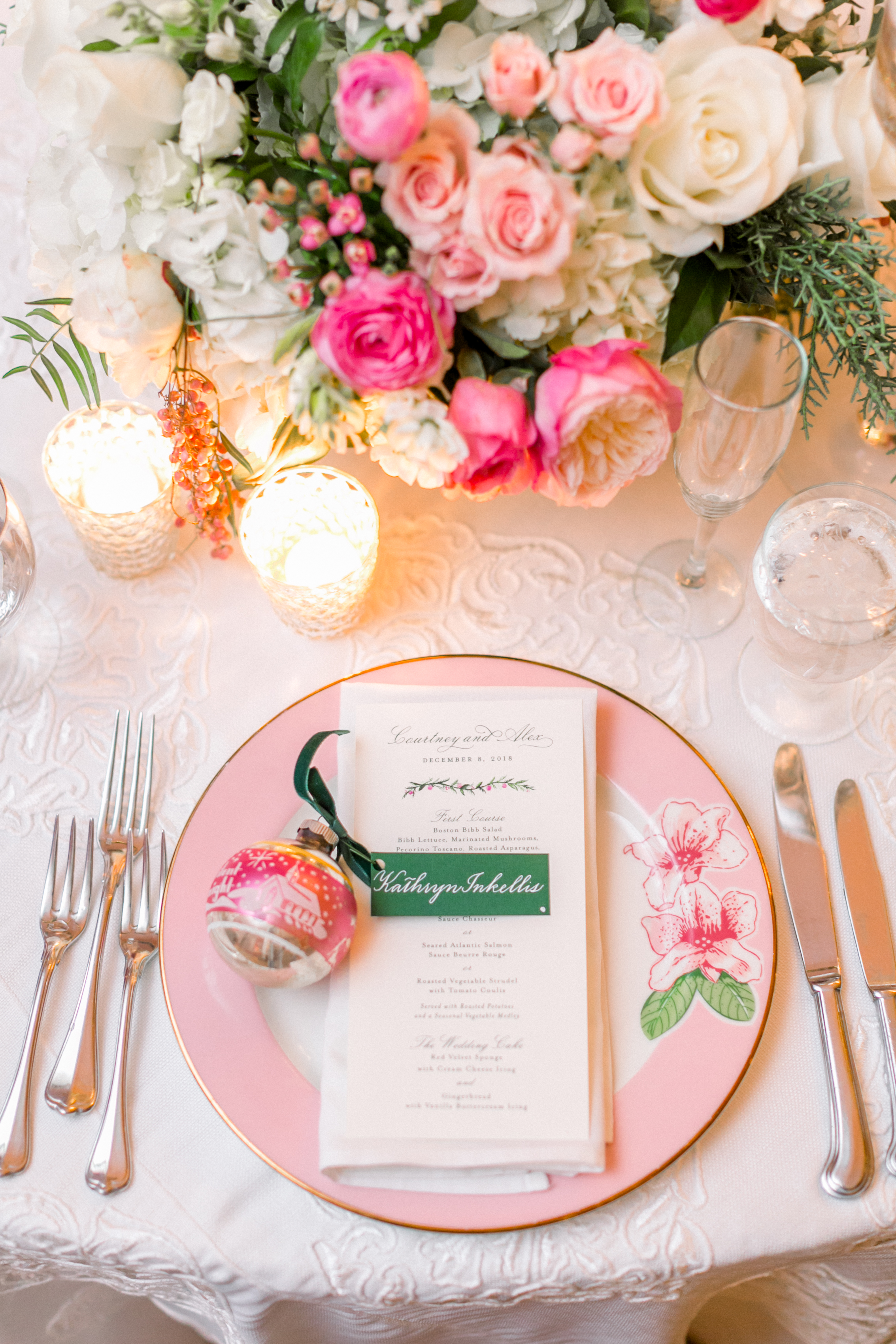 centerpiece with pink garden roses