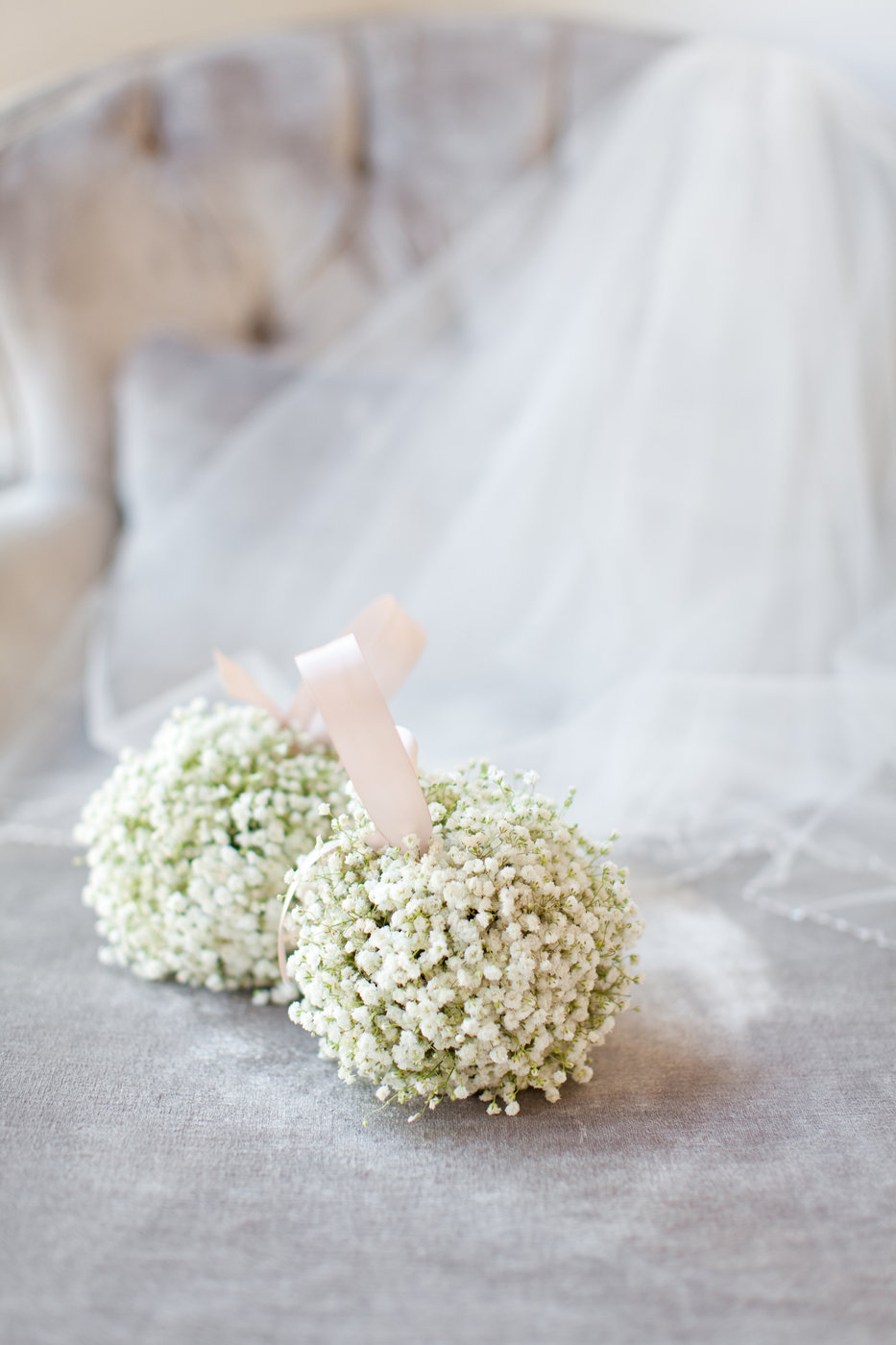 pomander wedding bouquet with baby's breath