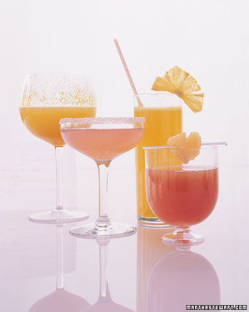 Pink and Gold Wedding Drinks