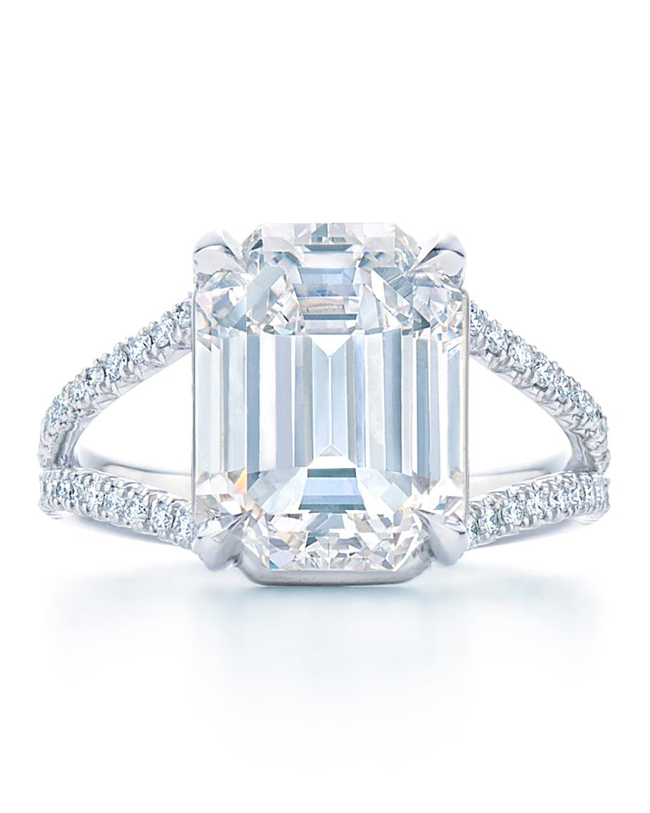 kwiat-emerald-cut-engagement-ring-four-0816.jpg