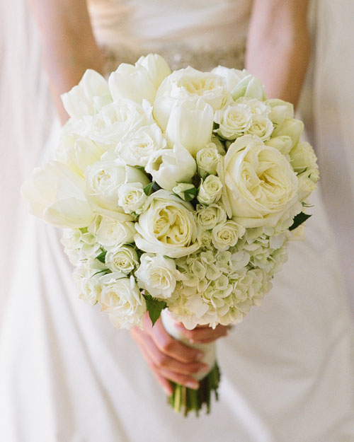 rw_0111_julia_nick_bouquet.jpg