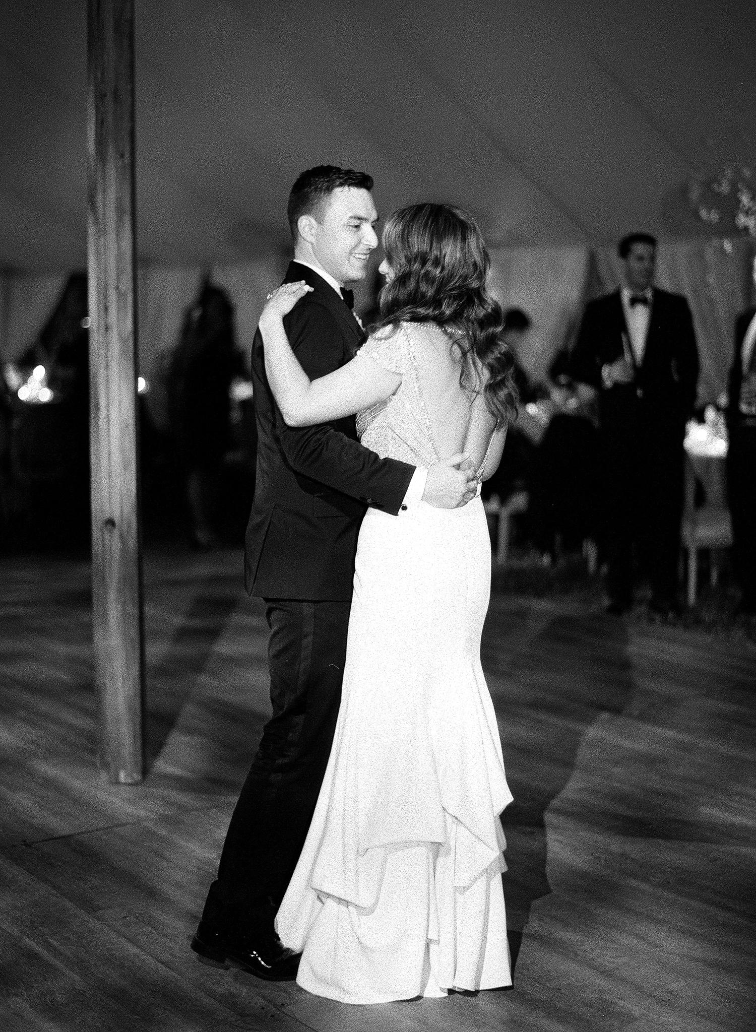 rae rob wedding first dance