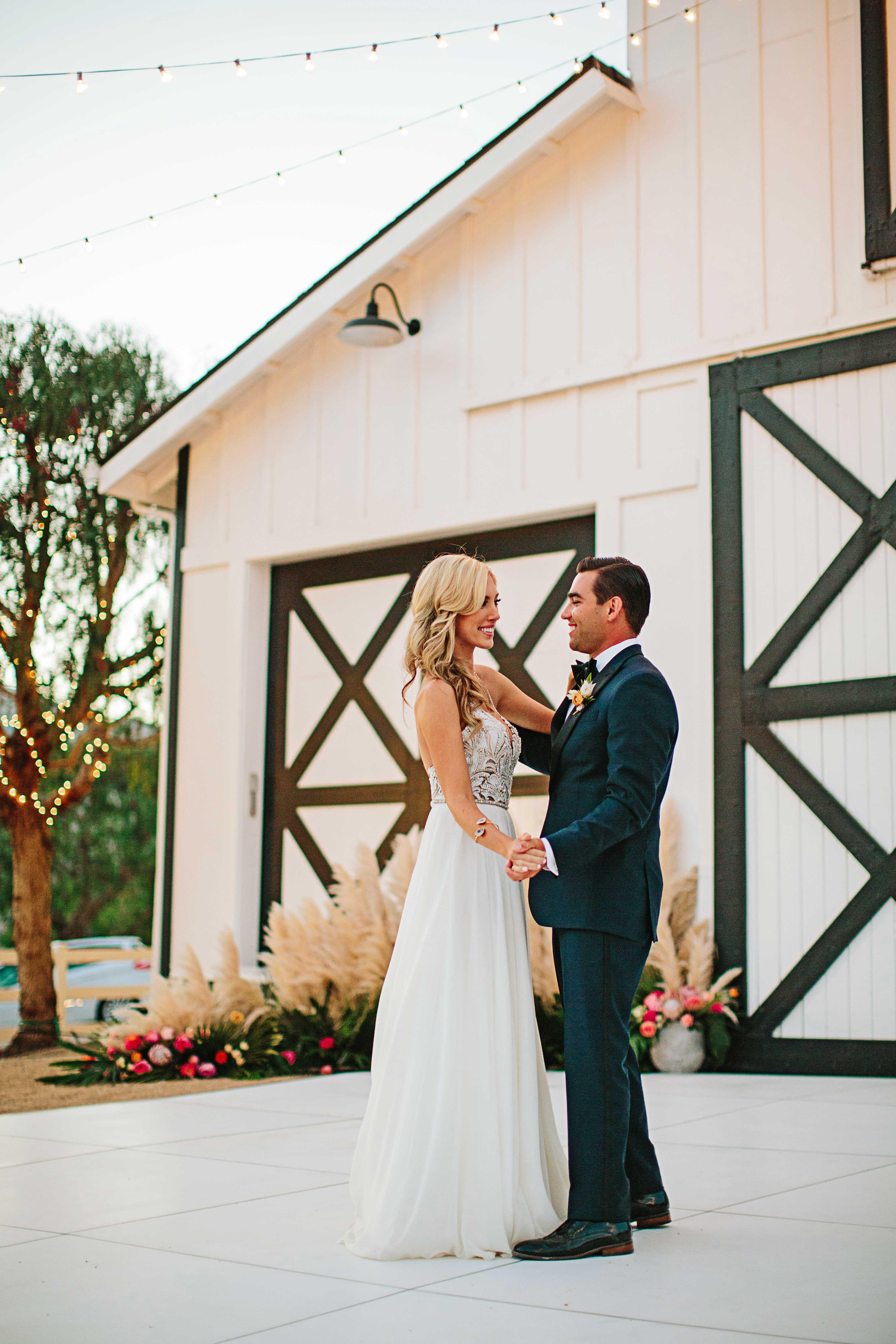 stephanie jared wedding first dance
