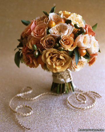 wedding_bronzebouquet305.jpg