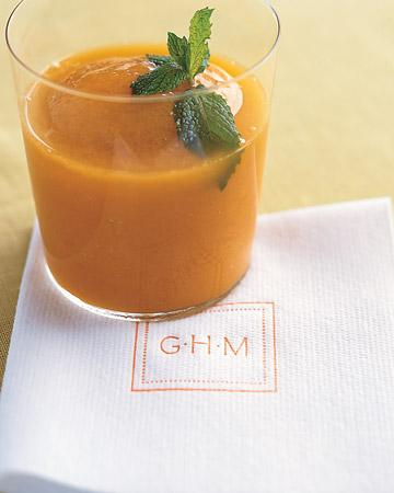 mw1203_win04_mango_drink.jpg