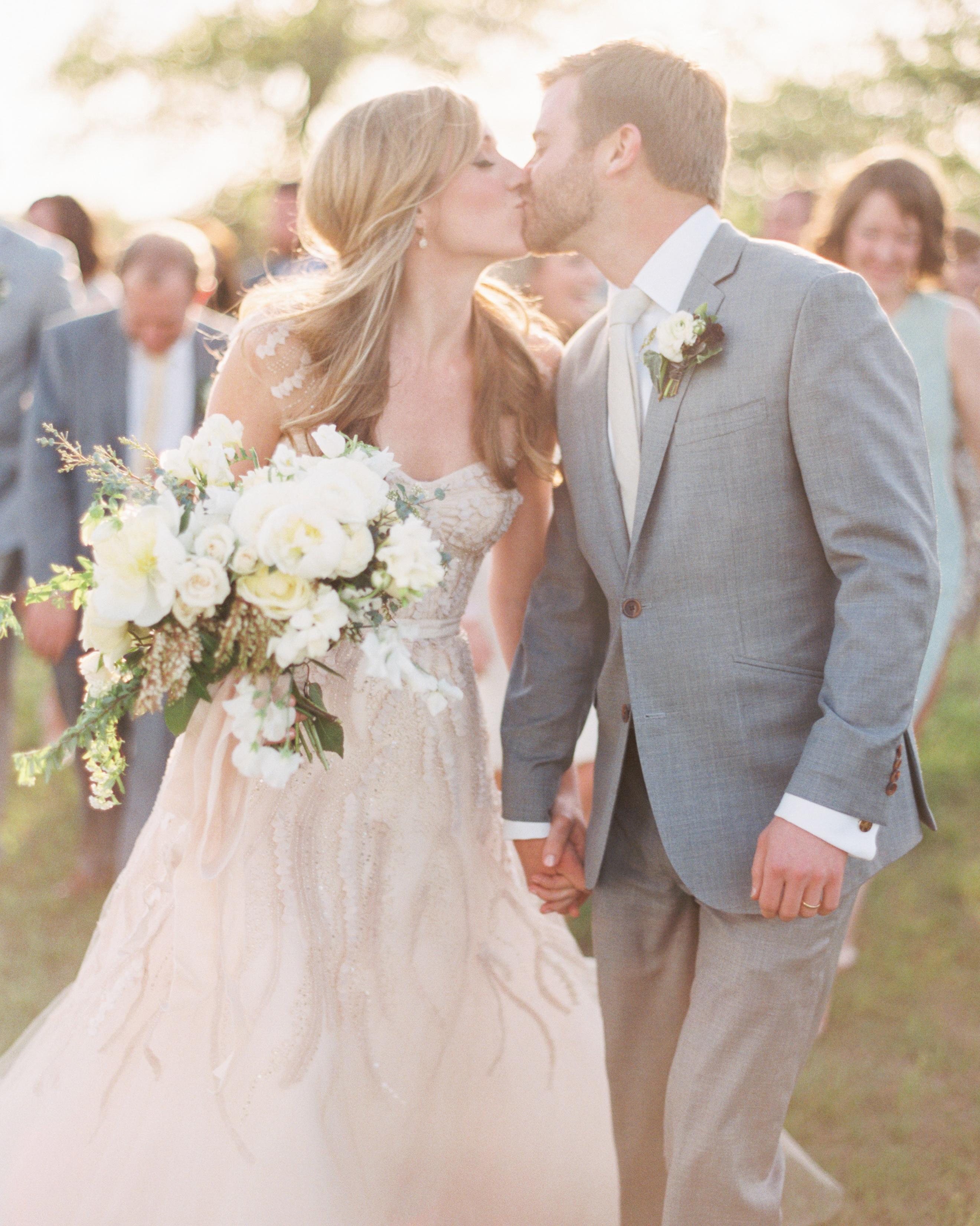 paige-chris-wedding-suite-030-s111485-0914.jpg