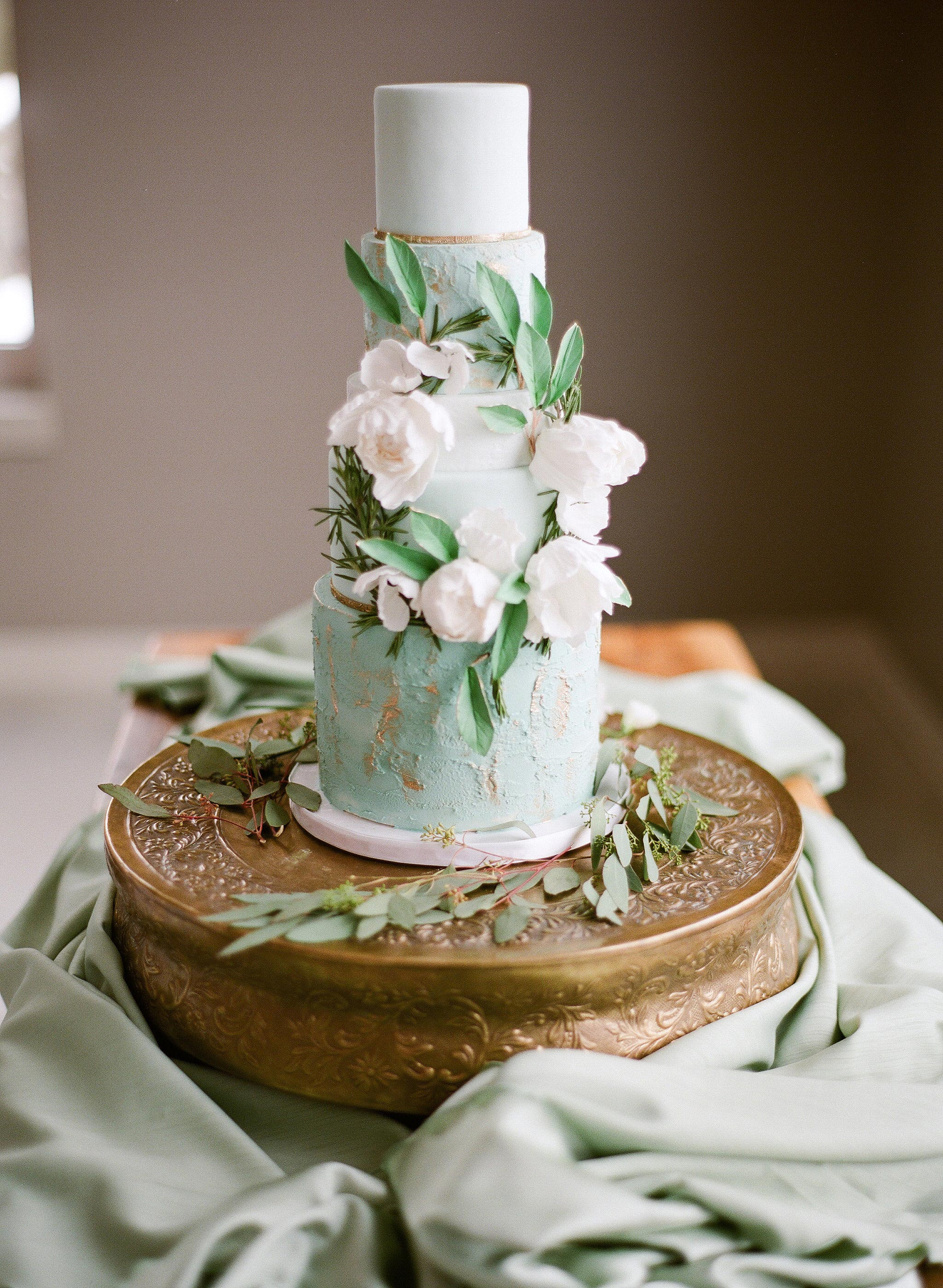 wedding cake green floral