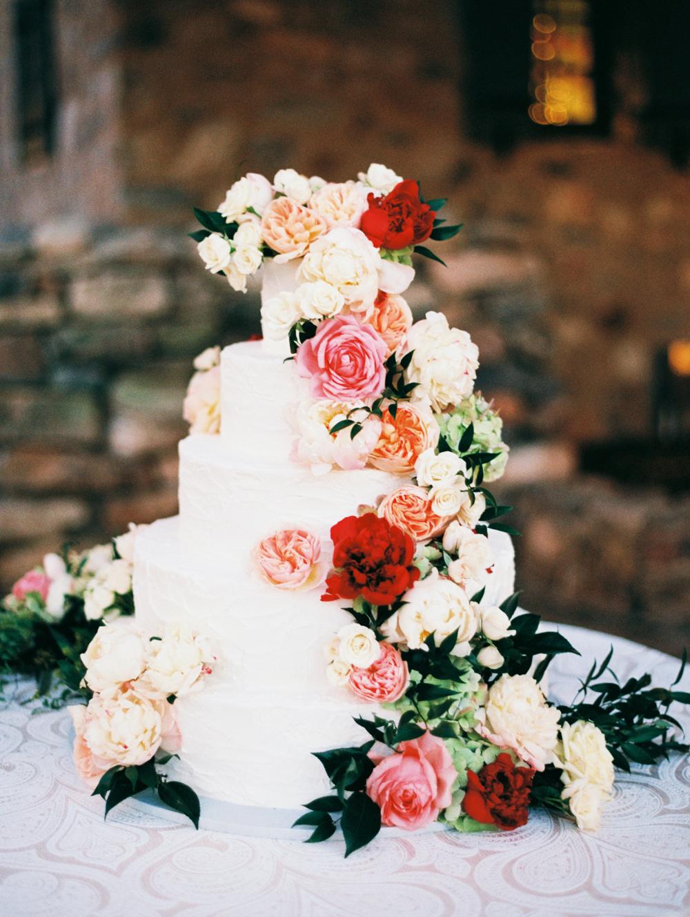 floral wedding cakes eric mcvey stone greenery
