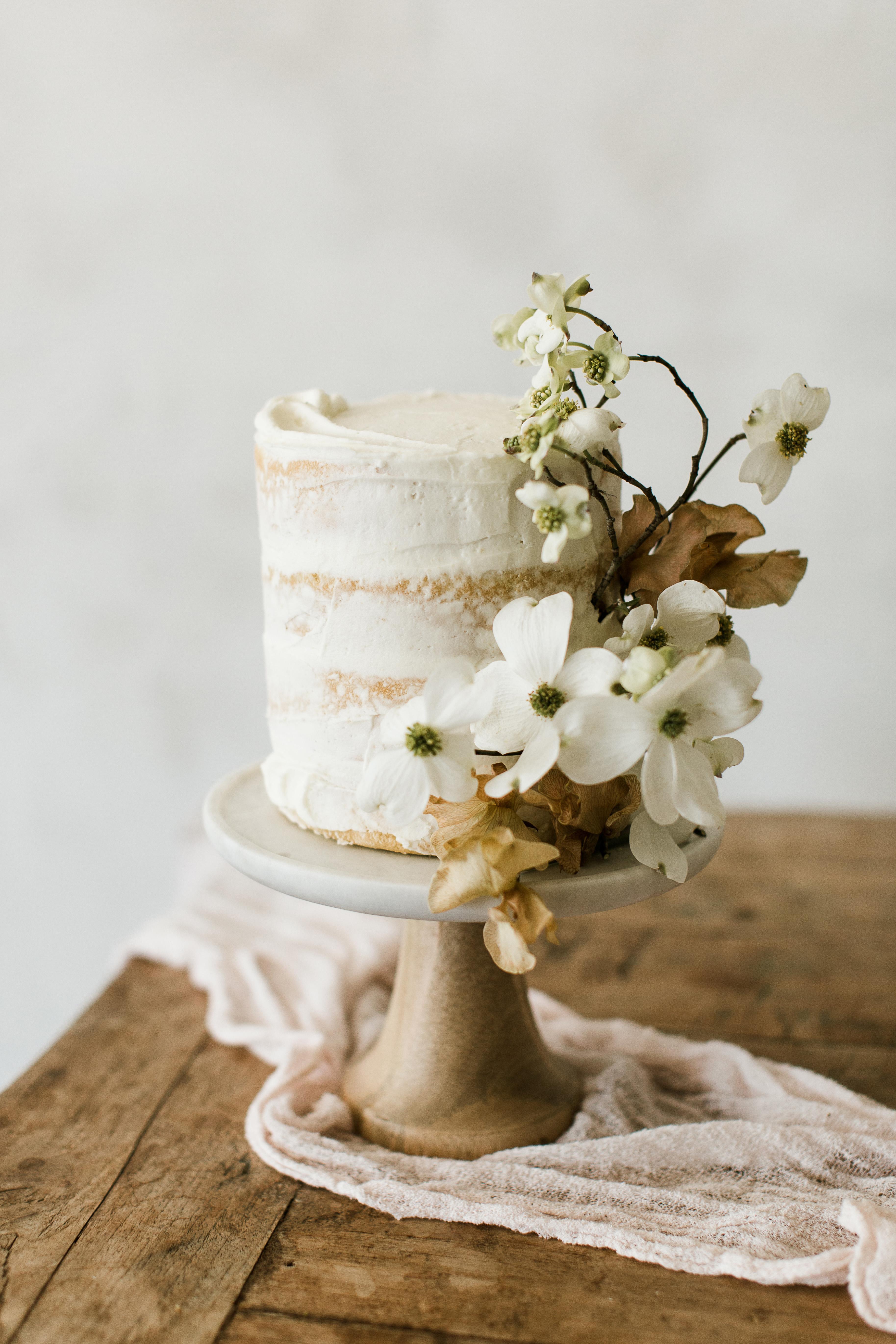 floral wedding cakes stefanie keeler single serving neutral
