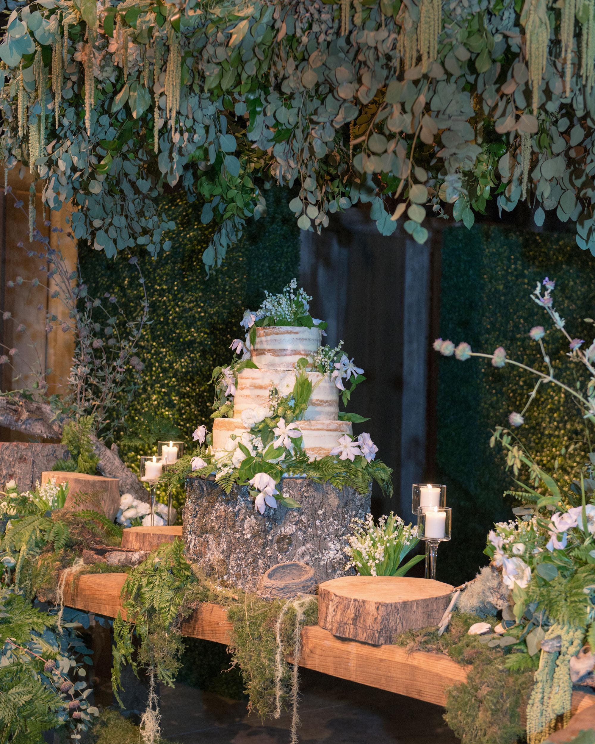 breelayne-hunter-wedding-california-0135-santa-lucia-preserve-fairy-woodsy-organic-cake-s112849.jpg