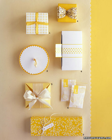 Yellow and White Wedding Favors