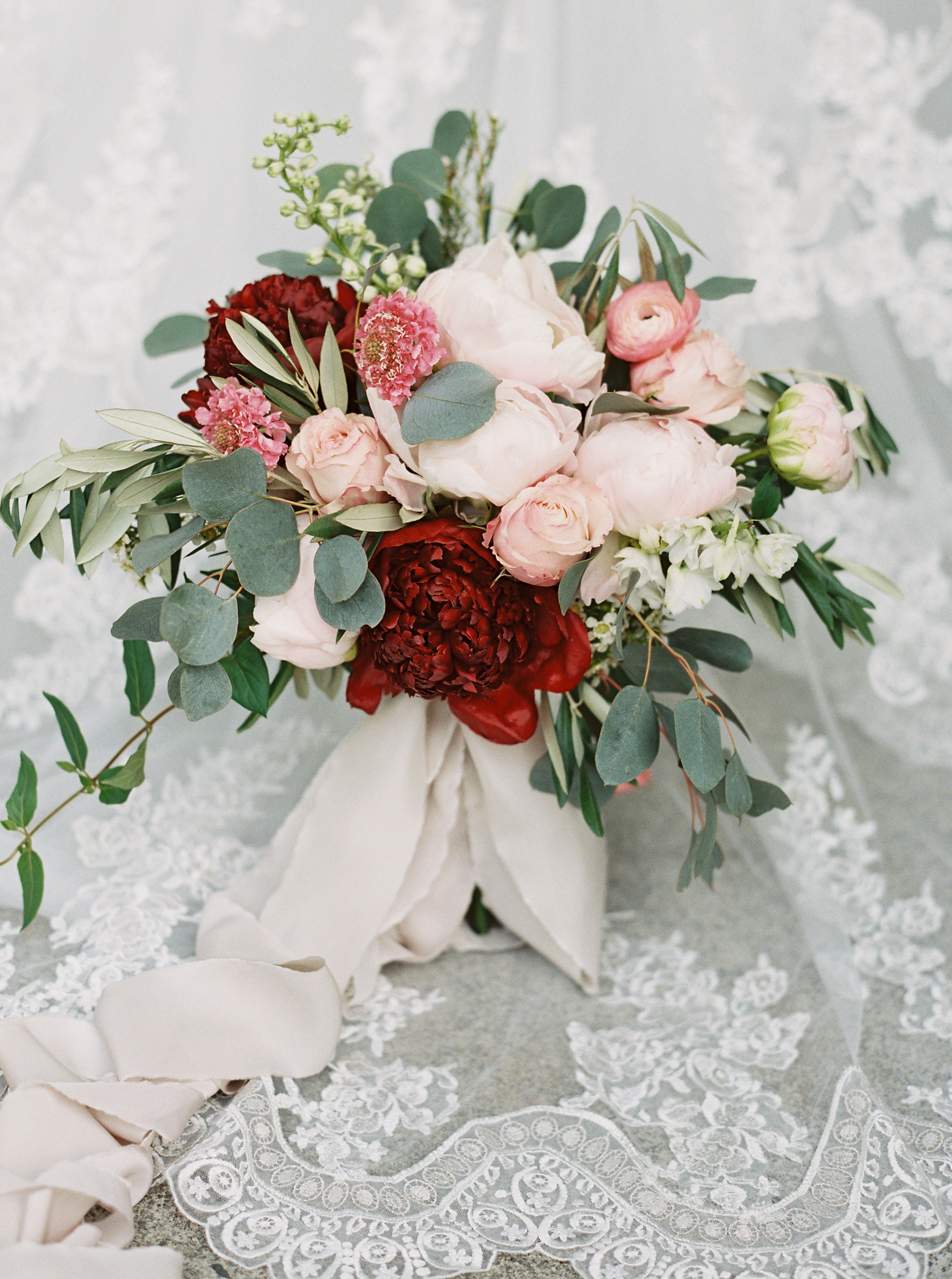 pink and red bouquet