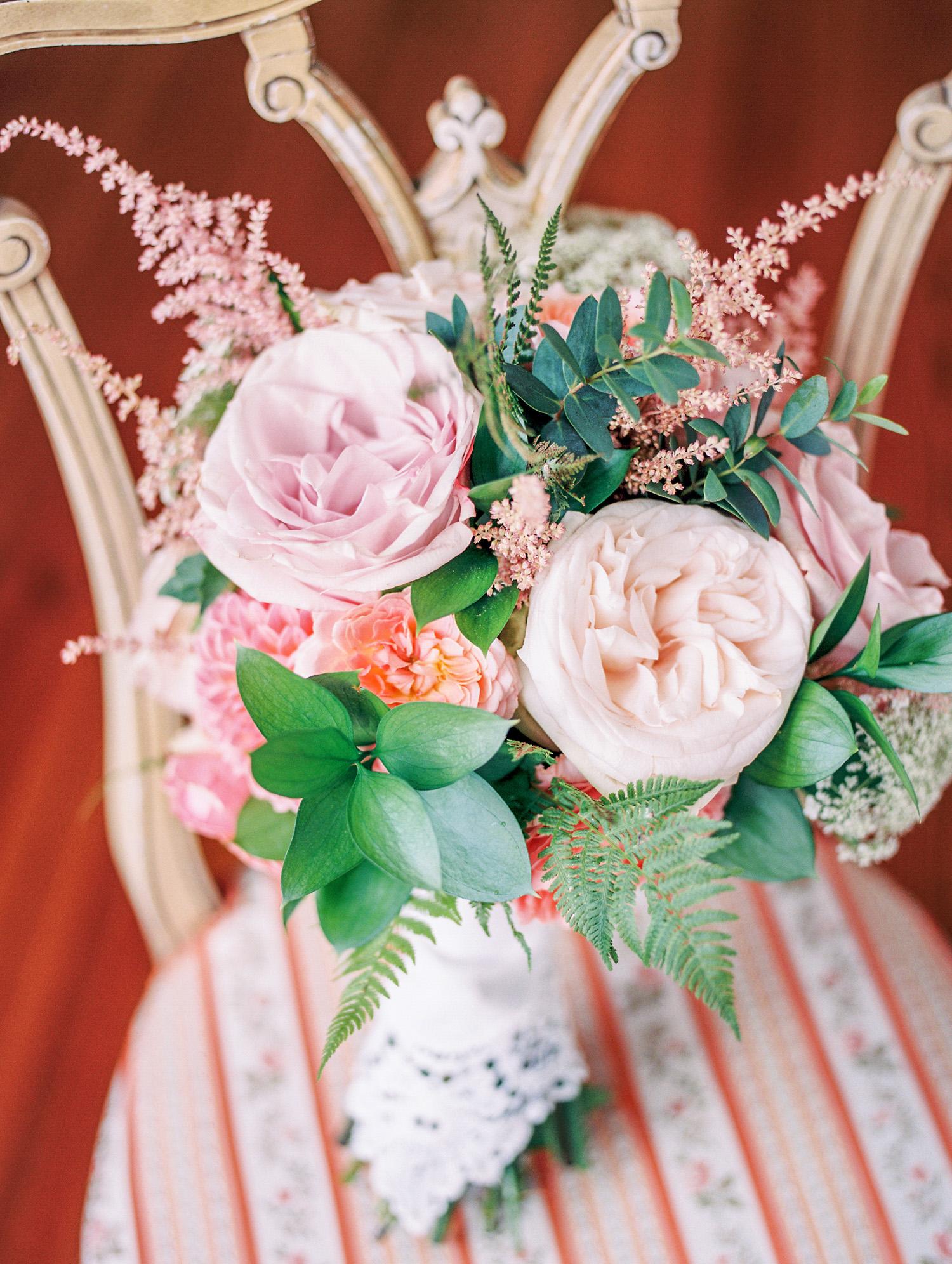 textural wedding bouquet
