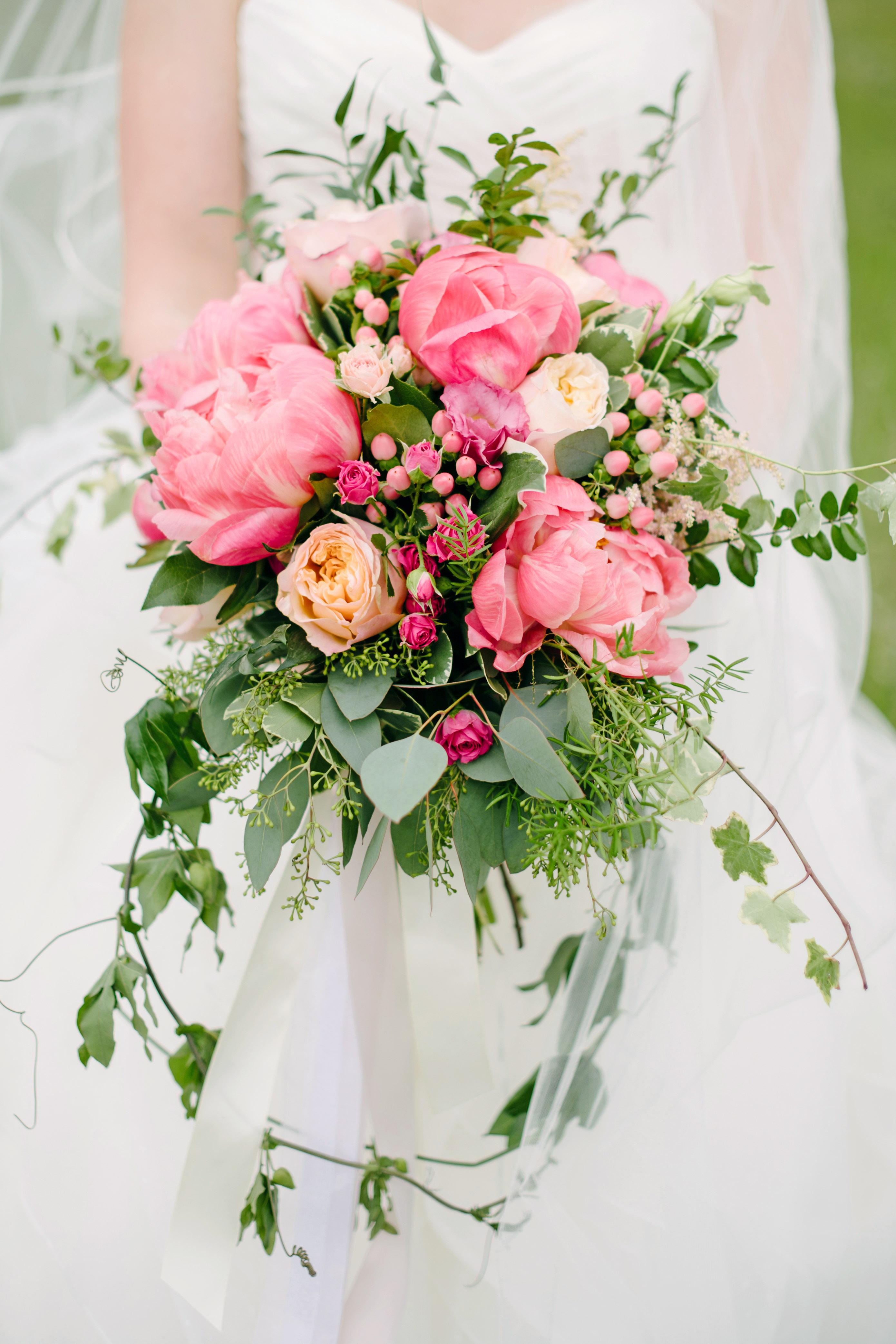 berry wedding bouquet