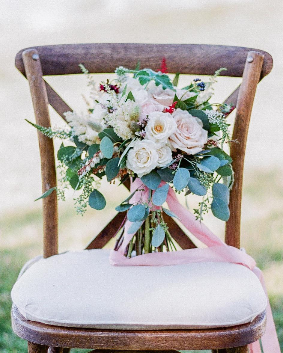 robin-kenny-wedding-bouquet-036-s112068-0715.jpg