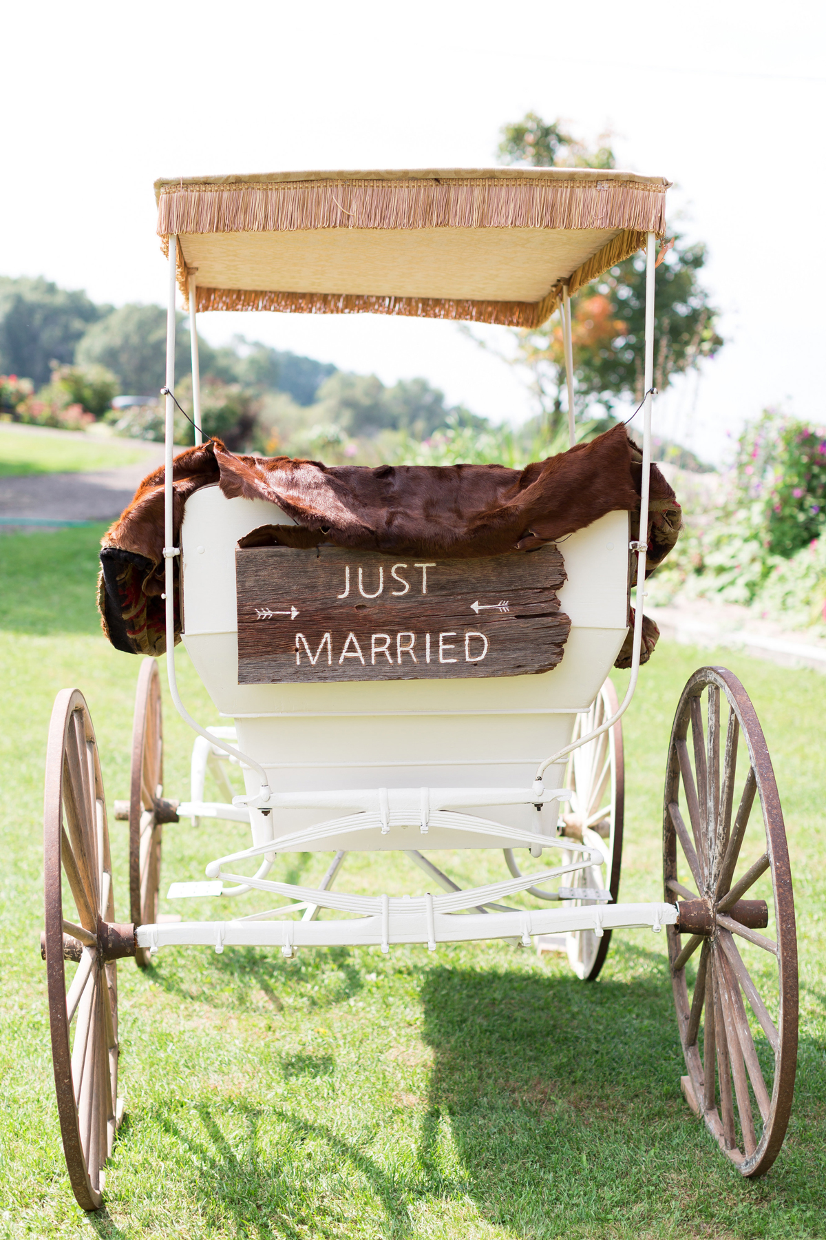 rustic wedding ideas maison meredith