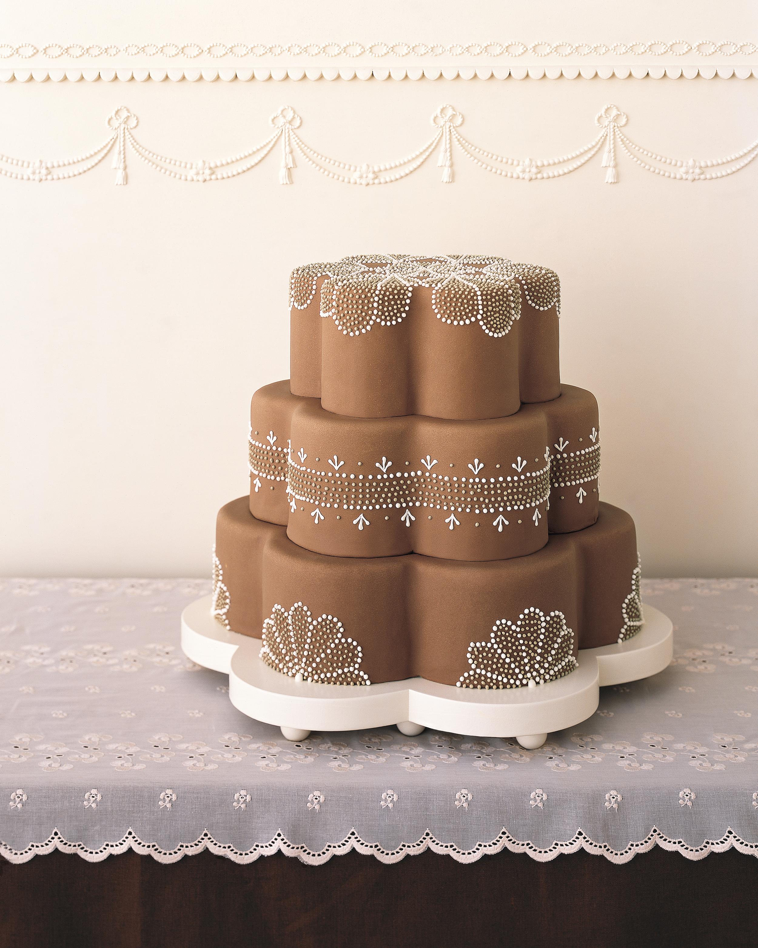 chocolate-cake-ideas-mwa102470_dottie-1114.jpg