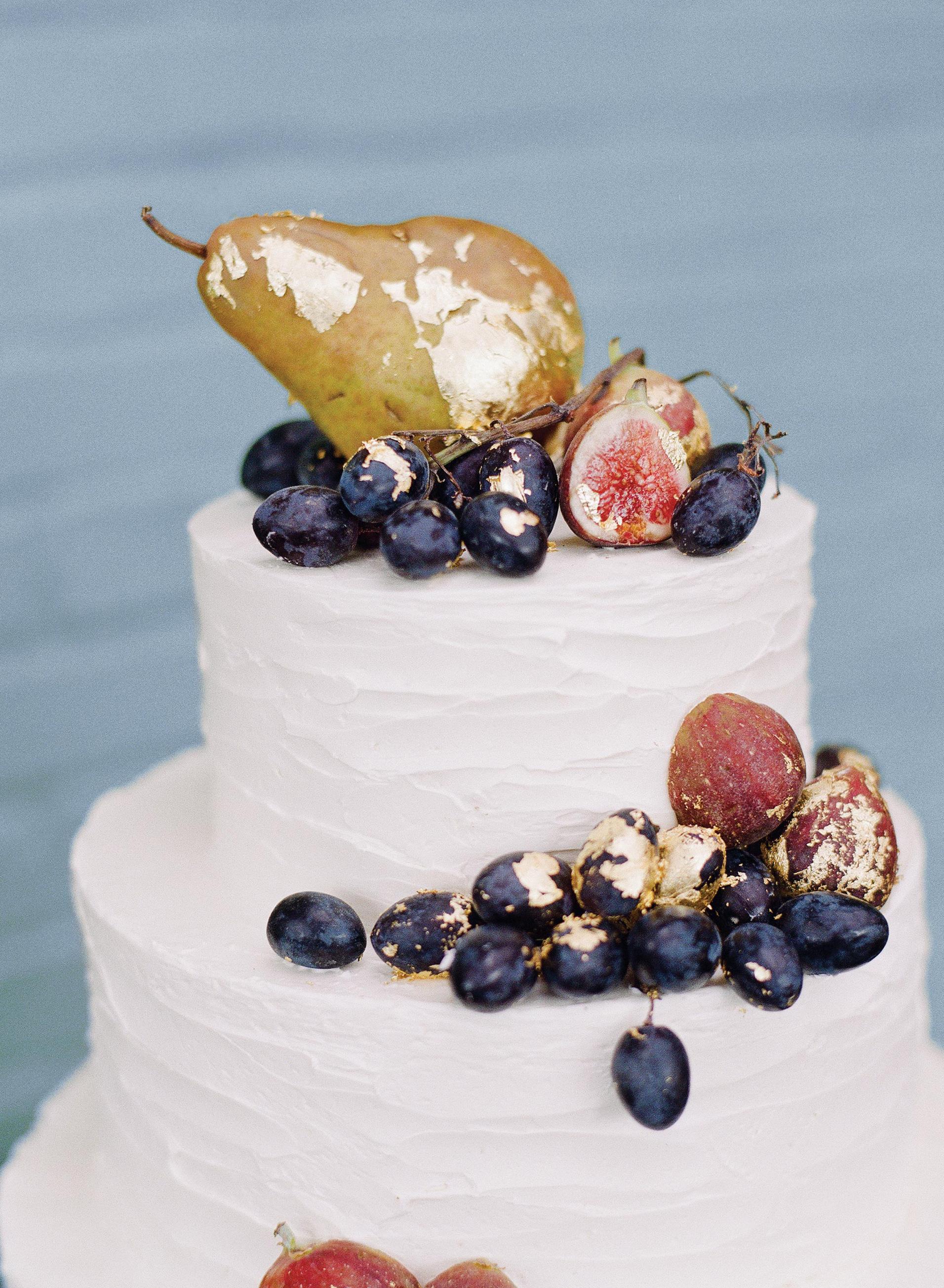 glara matthew wedding cake fruit topper