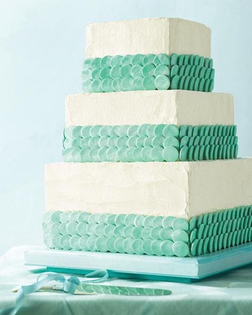 mwd104718_sum09_cake1_cloth.jpg