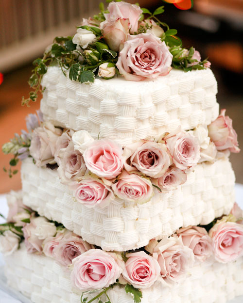 rw_0211_jolene_brad_cake.jpg