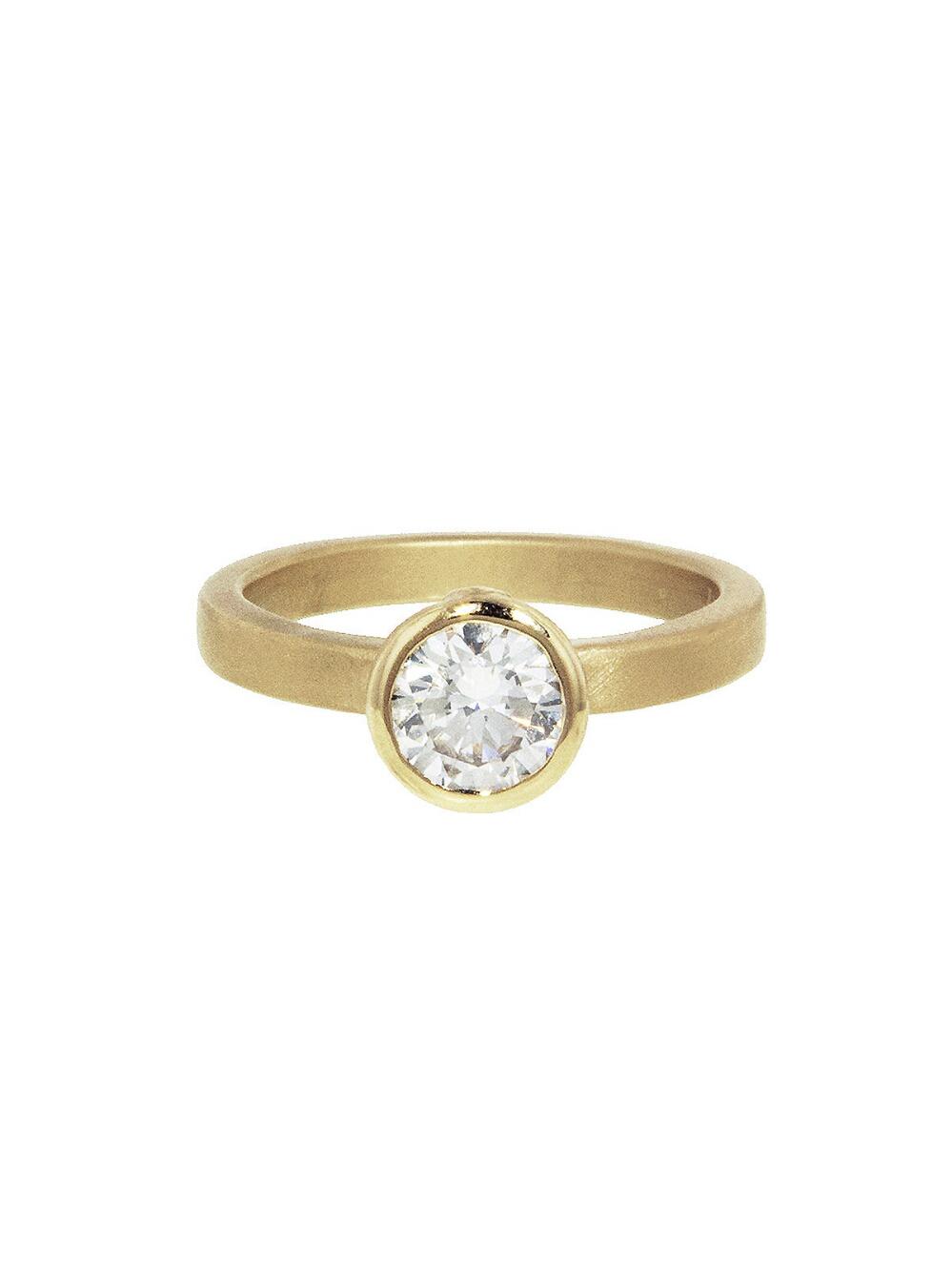 round cut ring matte yellow gold band