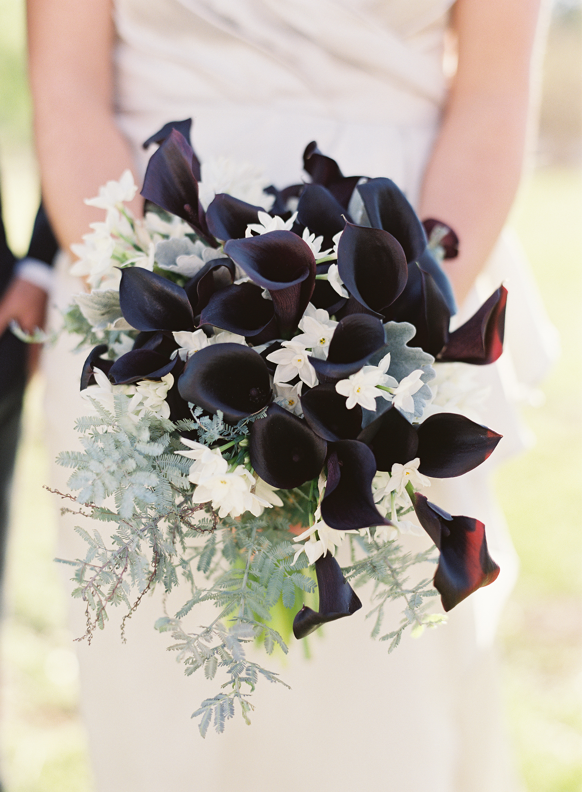 Made With White Roses Few Black Orchids Anemone Real Touch Calla Lilies Baby S Breaths Accented Diamond Jewels And