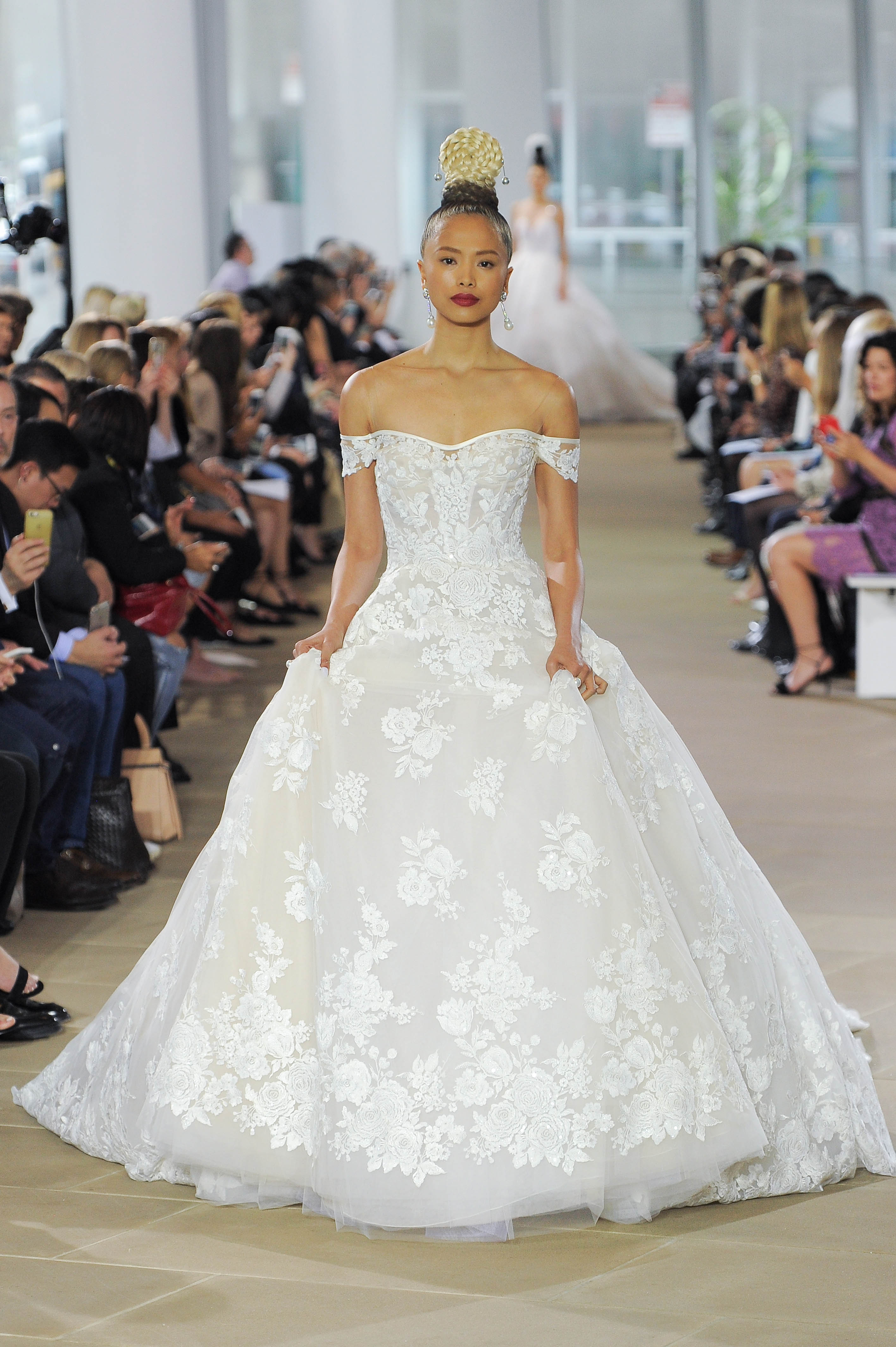 ines di santo off-the-shoulder ball gown wedding dress spring 2018