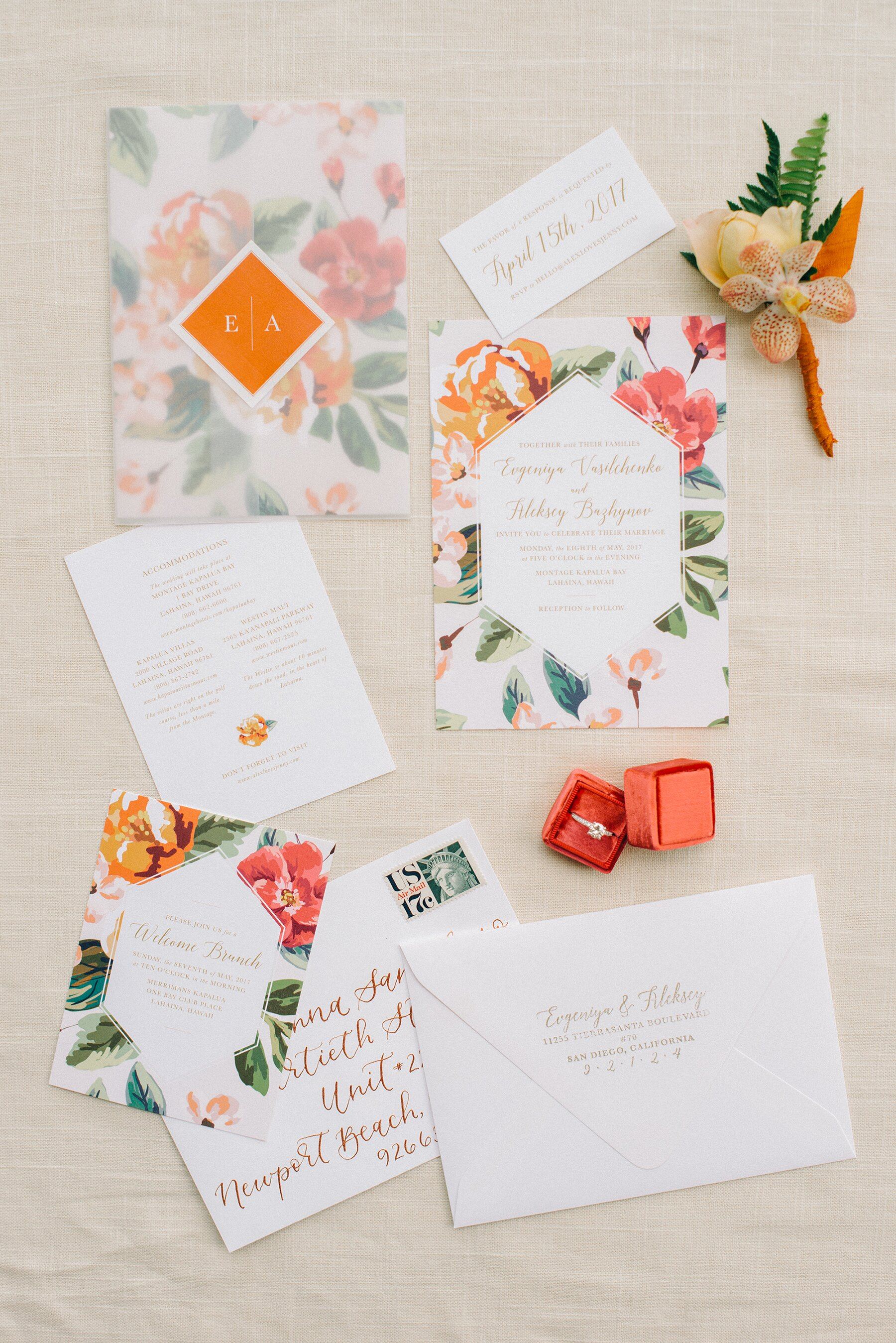 The Prettiest Floral Wedding Invitations | Martha Stewart Weddings