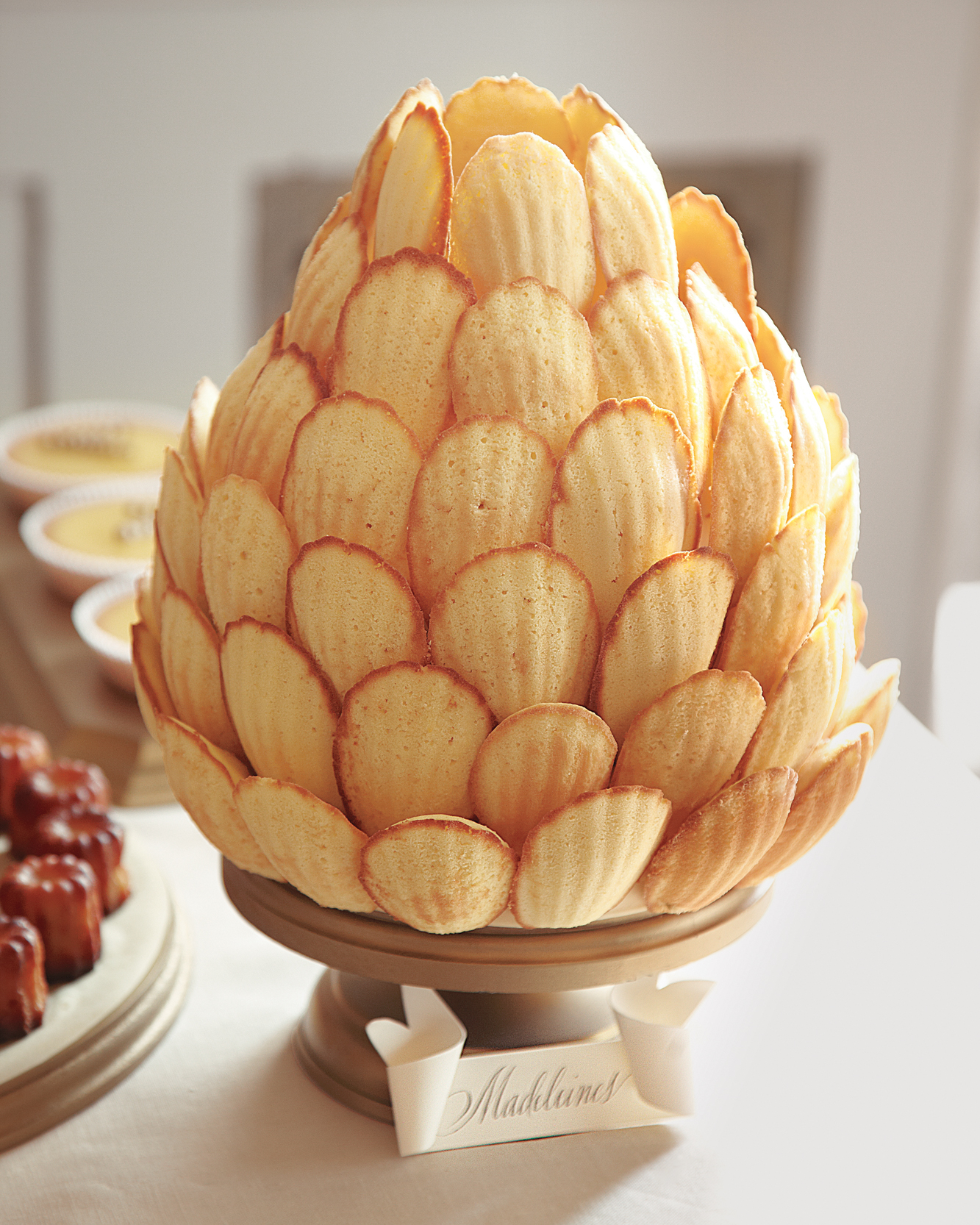 Madeleine Pineapple Display