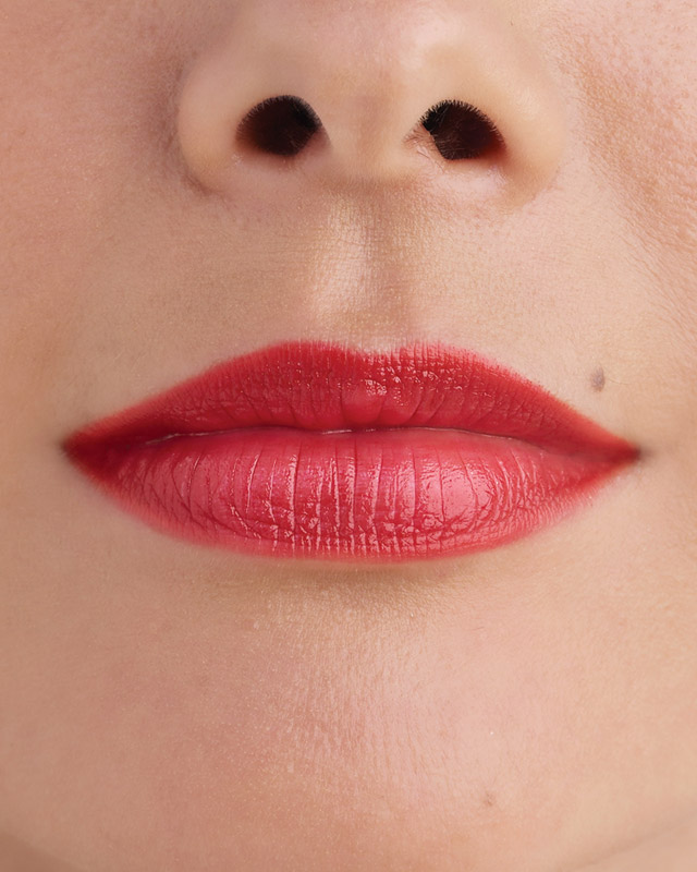 Focus on Lips: Corals