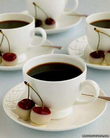 wd101302_sum05_coffeechrrs.jpg
