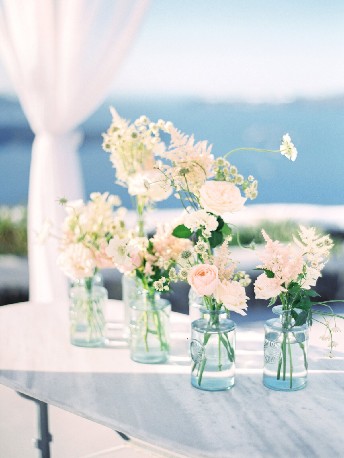 elegant and affordable wedding flower ideas we love | martha