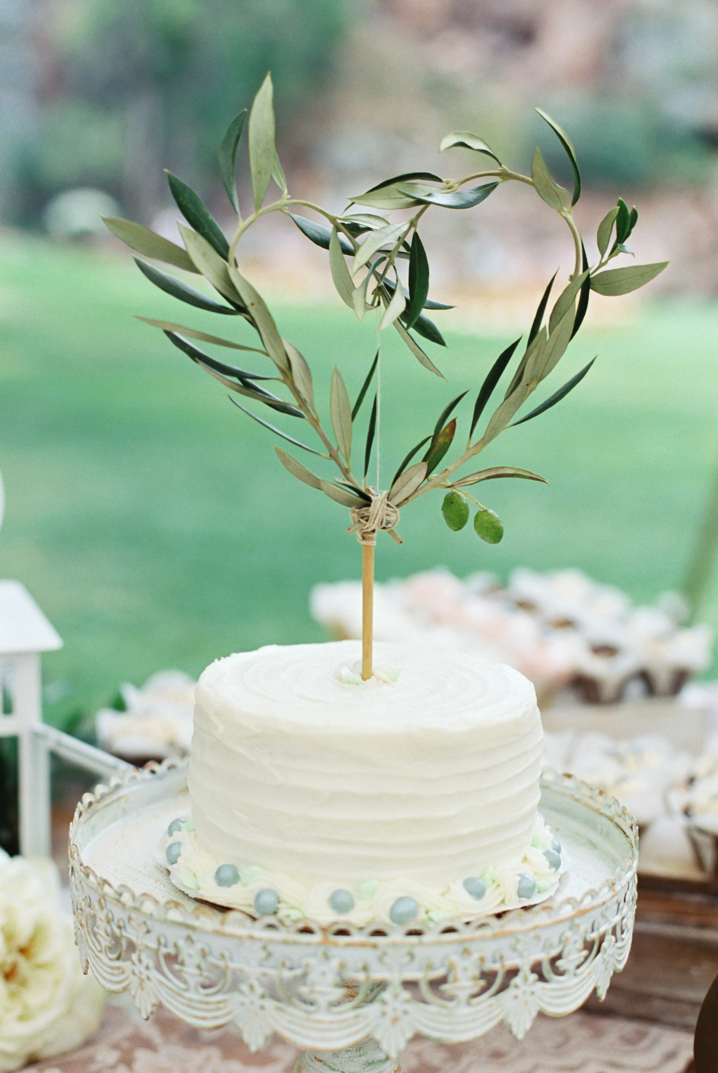 wedding cake toppers sara lynn