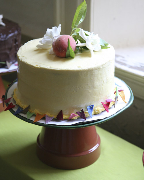 msw_sum09_cake1_1.jpg