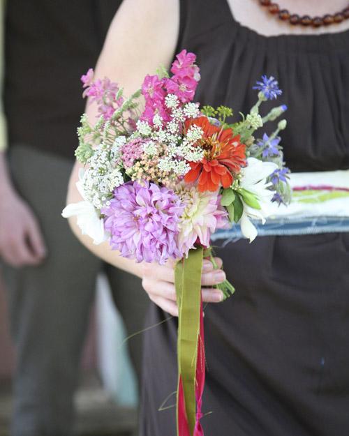 msw_sum09_bmaid_bouquet_1.jpg