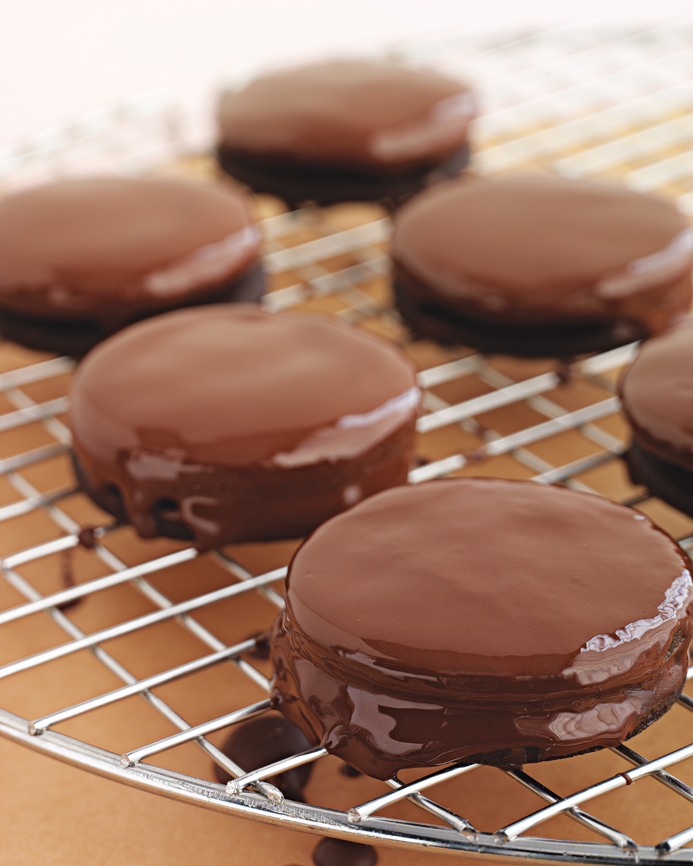 cookies-mint-sandwich-martha-show-1214.jpg
