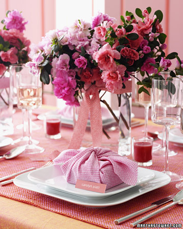 Pink-and-Orange Reception Table