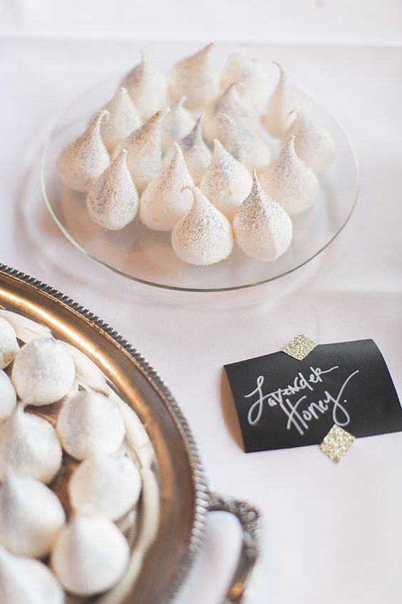 sparkling meringues desserts