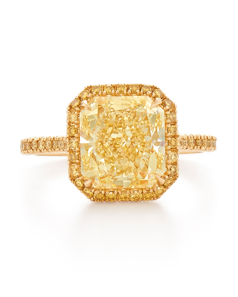 kwiat-yellow-gold-yellow-radiant-diamond-engagement-ring-0816.jpg