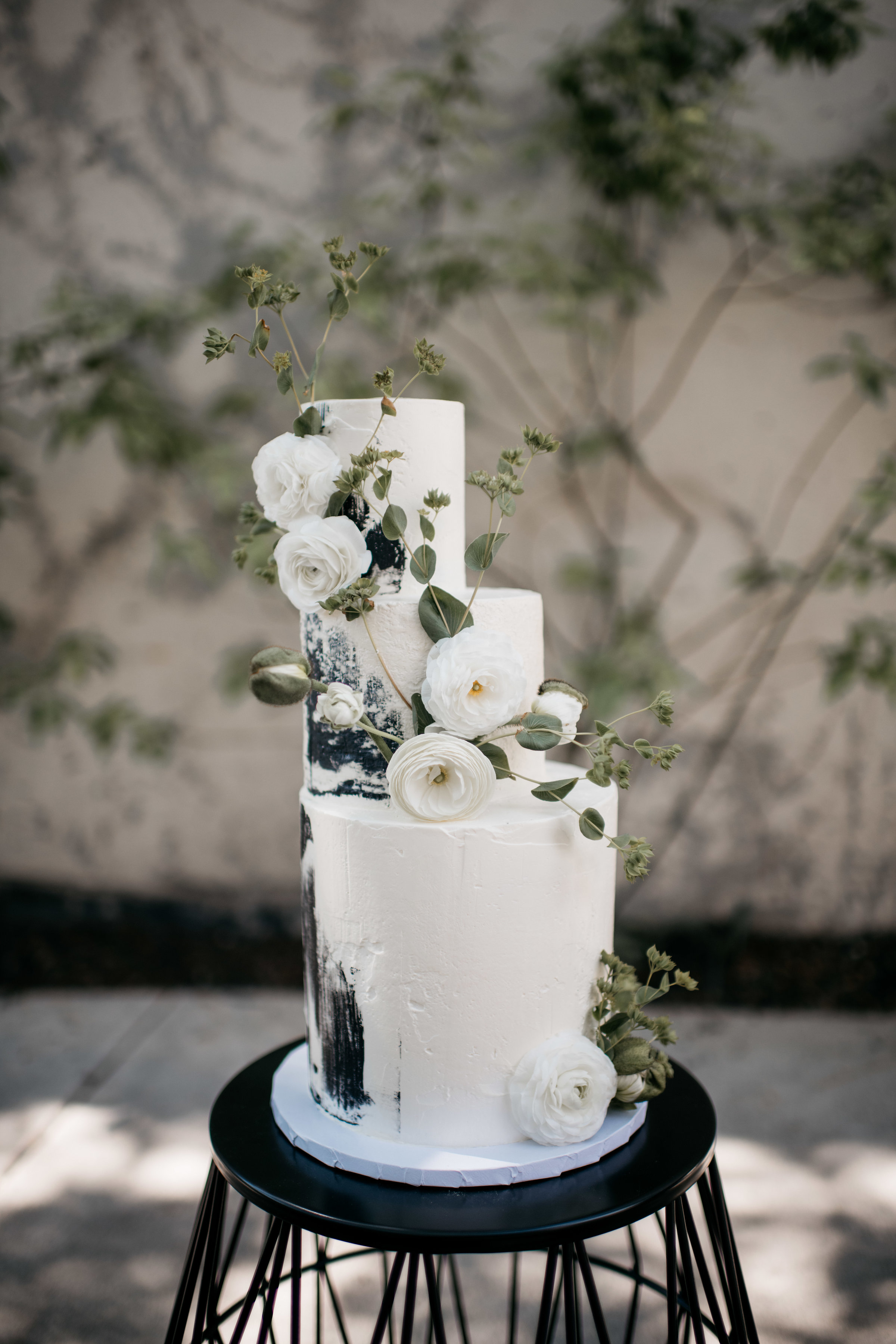 black and white three tiered wedding cake