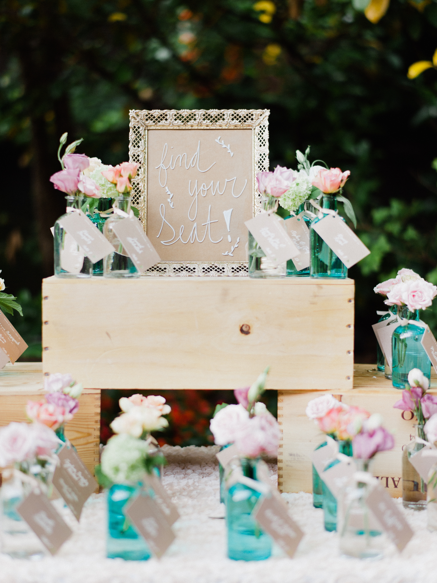 flower vase seating cards