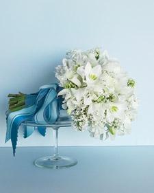 mwd103443_wi08_bouquet_l.jpg