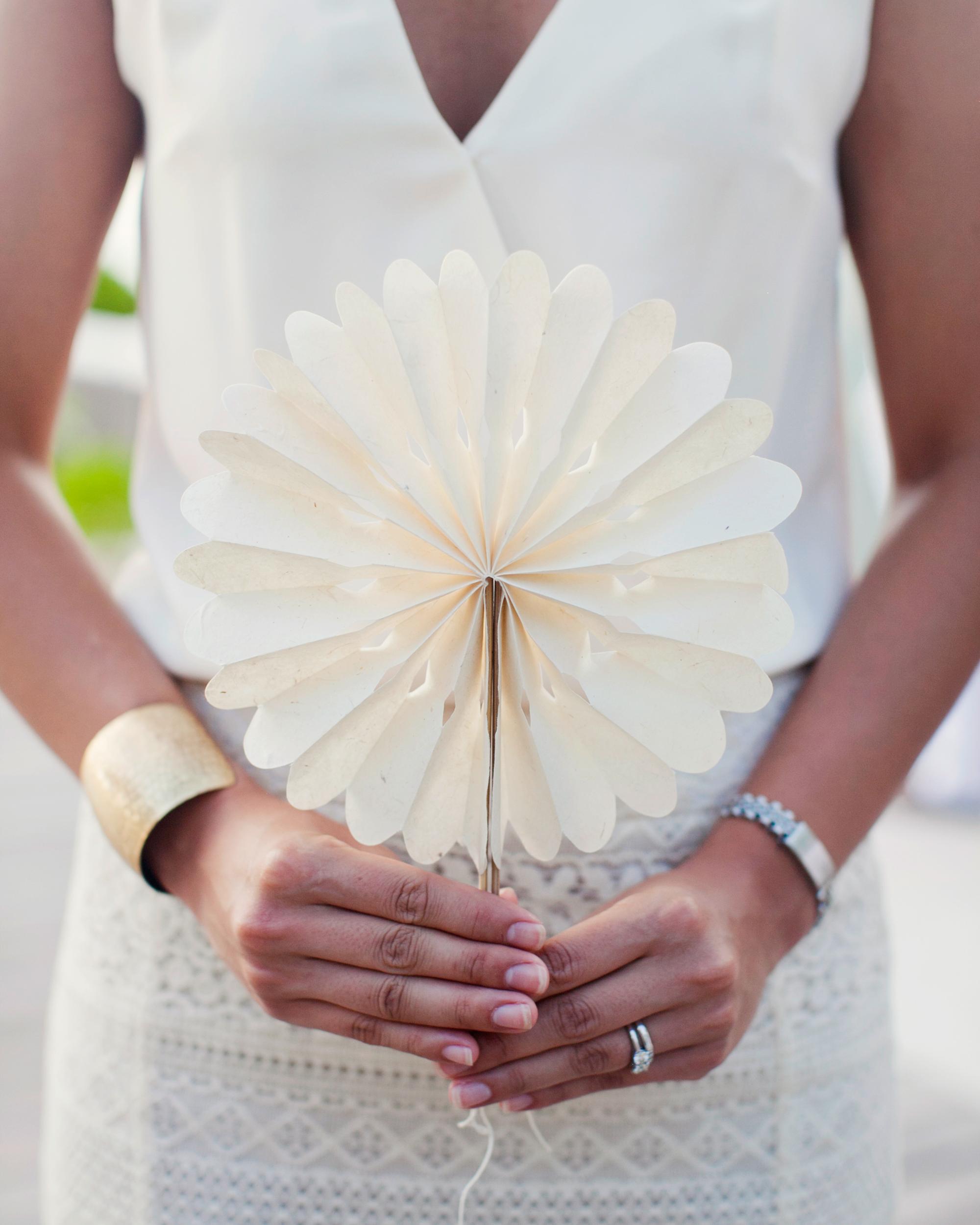 real-weddings-jessica-bobby-0811-334.jpg