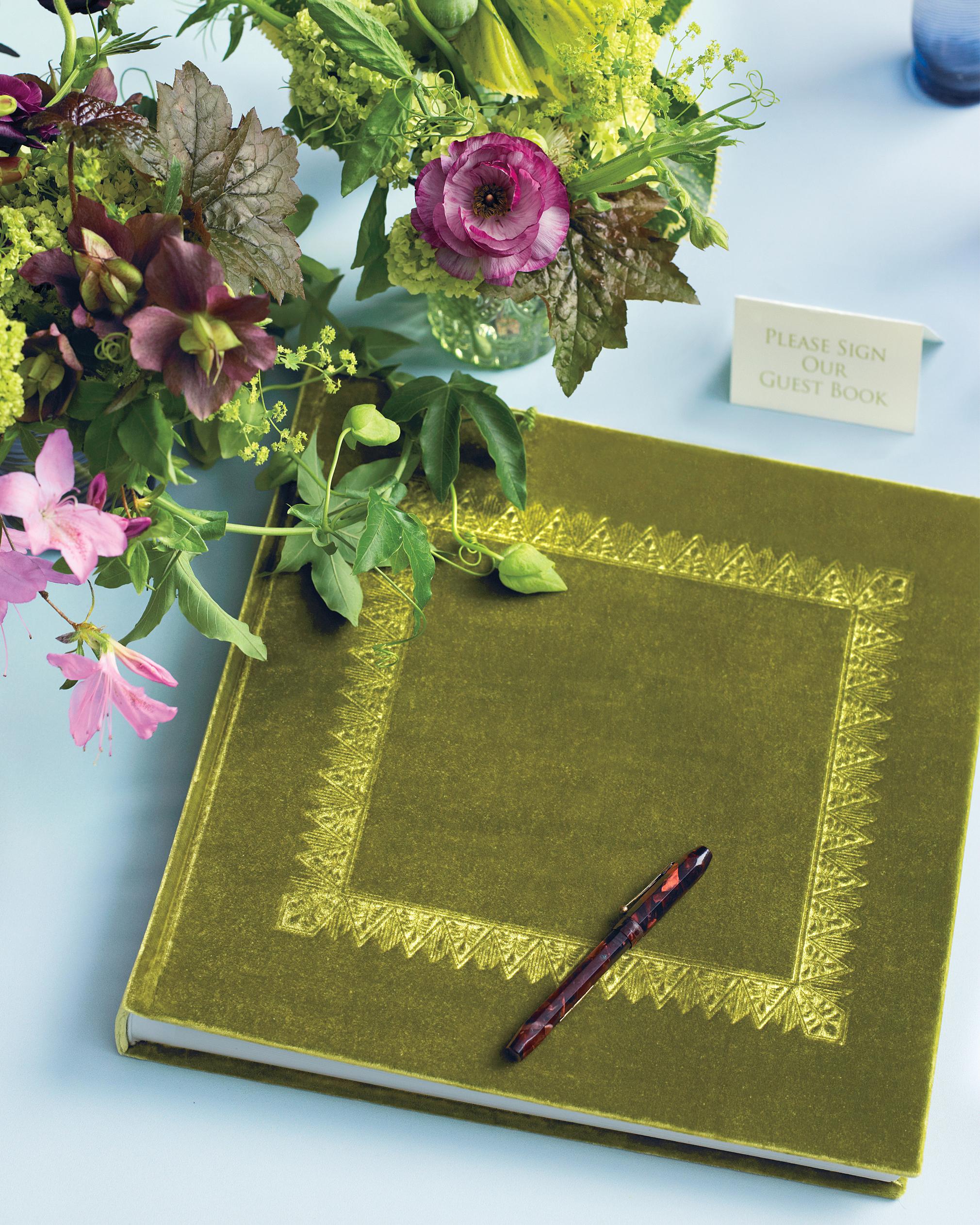 guest-book-0811mwd107436.jpg