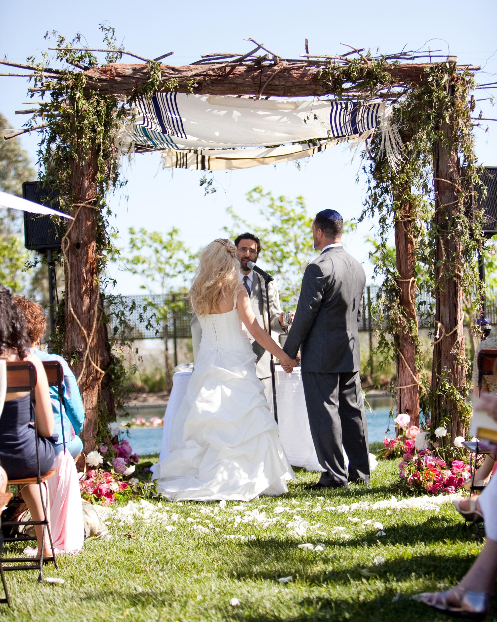 real-weddings-jen-ben-0811-231.jpg