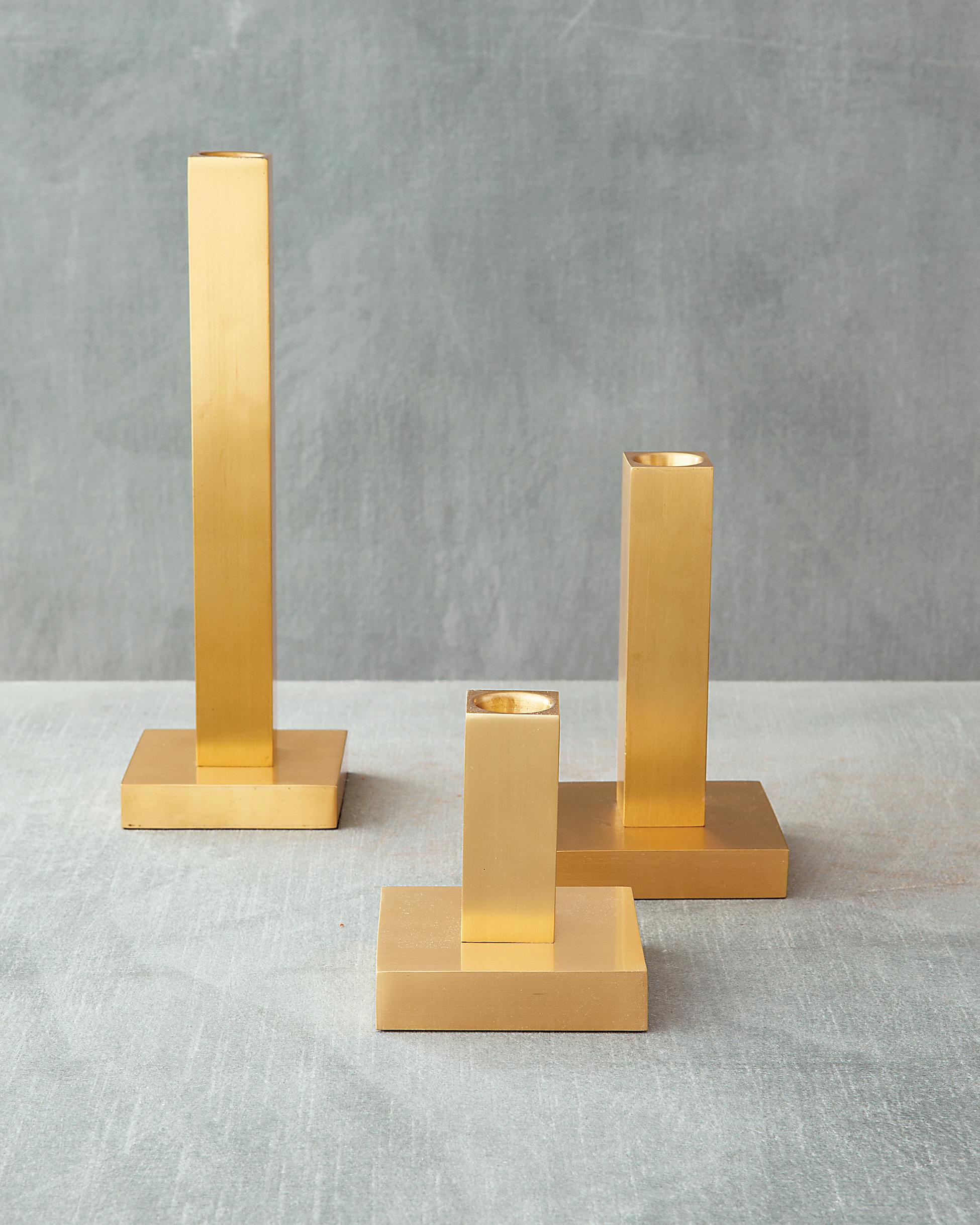candlesticks-0811mwd107434.jpg