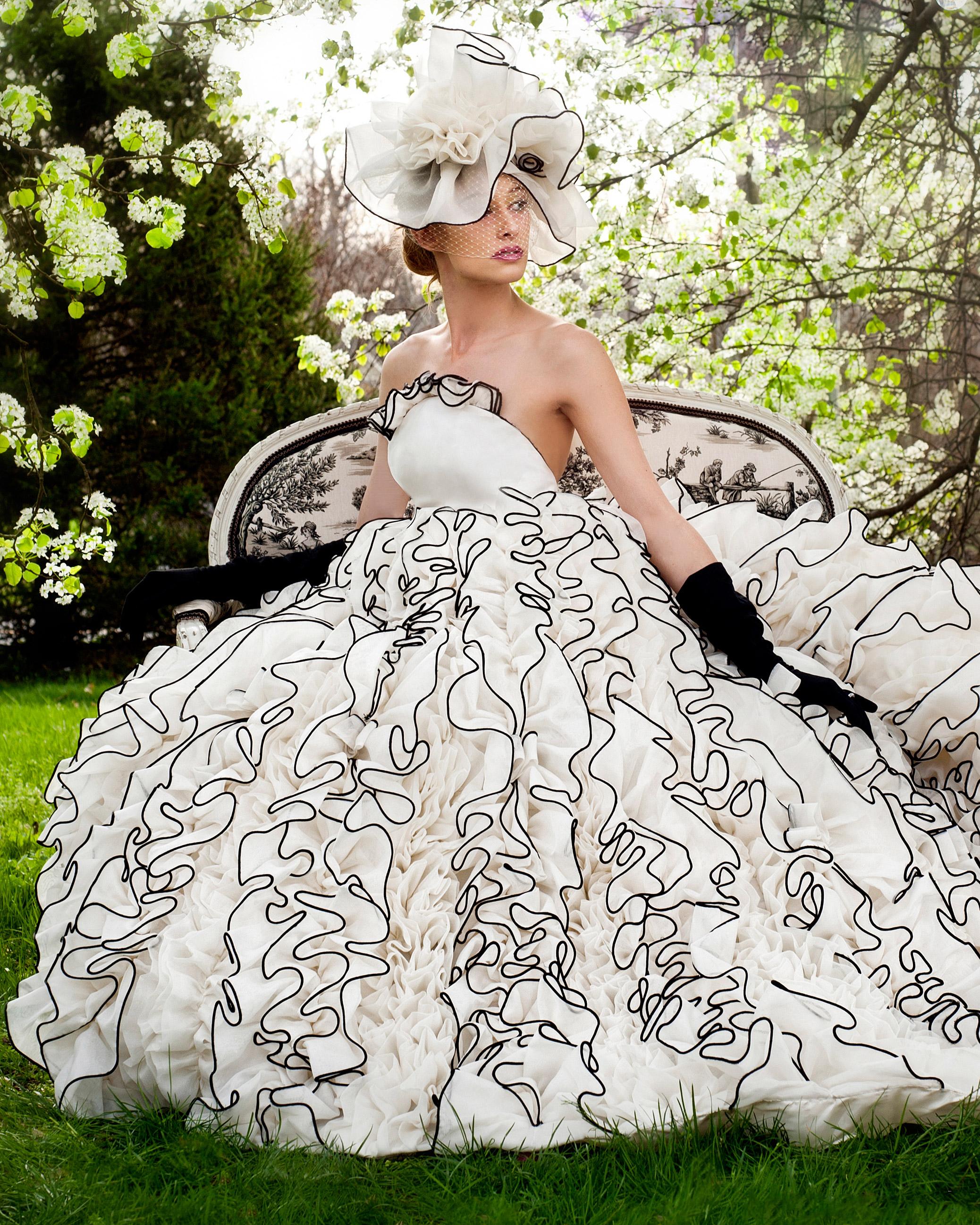 iconic-dresses-karen-hendrix.jpg